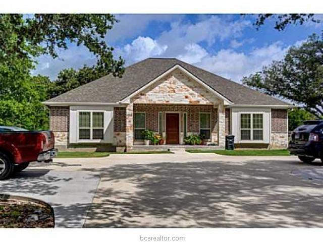 Single Family - College Station, TX