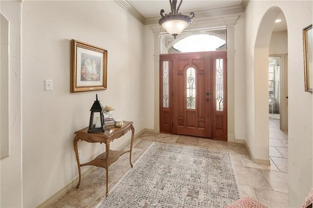 Traditional, Single Family - College Station, TX (photo 3)