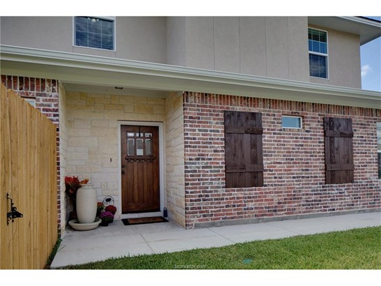 New Townhome, Traditional - College Station, TX (photo 5)