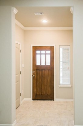 New Townhome, Traditional - College Station, TX (photo 4)