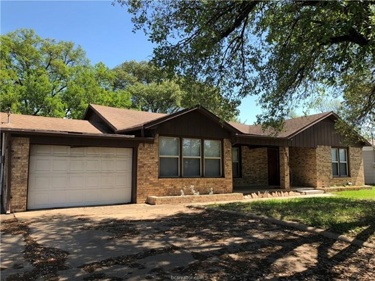 Ranch, Single Family - Bryan, TX (photo 2)