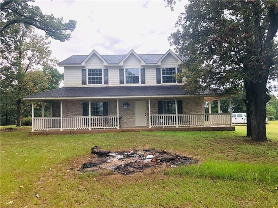Traditional, Single Family - Marquez, TX