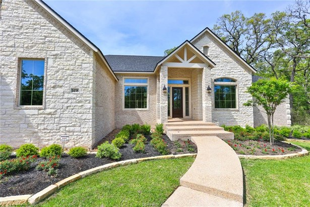 New Builder Home, Traditional - College Station, TX (photo 3)