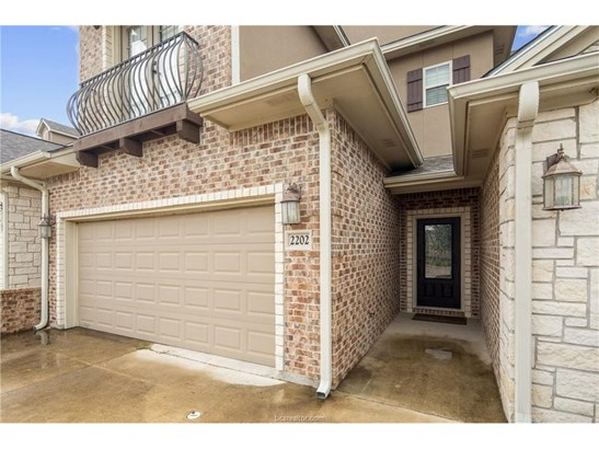Townhome, Traditional - College Station, TX (photo 2)