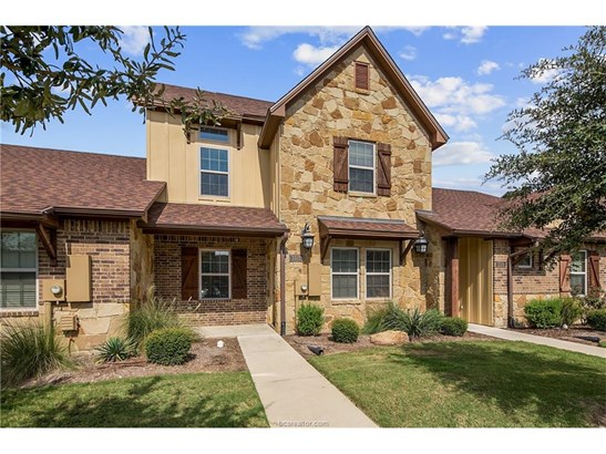 Townhome, Traditional - College Station, TX (photo 3)