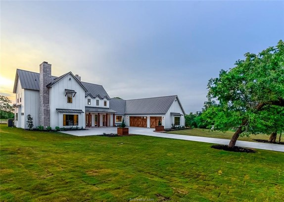 New Builder Home, Contemporary,Farm House - College Station, TX (photo 2)