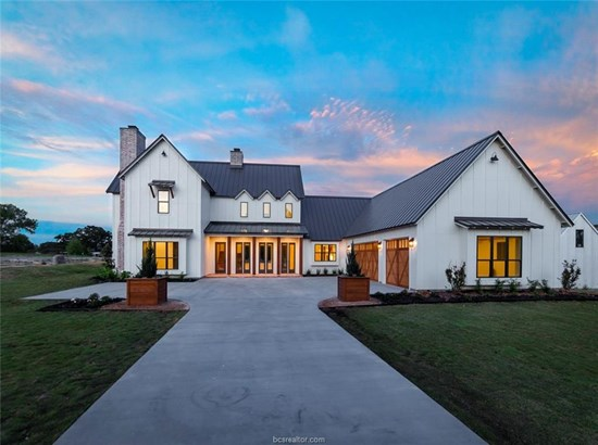 New Builder Home, Contemporary,Farm House - College Station, TX (photo 3)