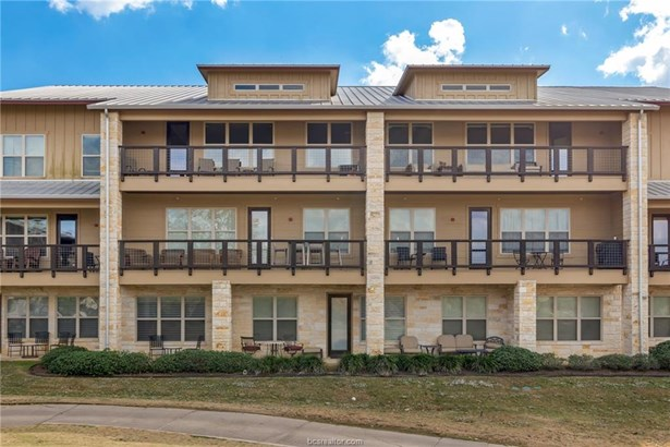 Condo, Traditional - Bryan, TX
