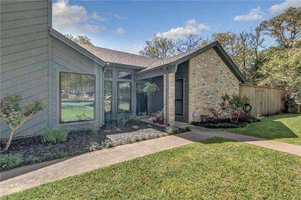 Contemporary, Single Family - Caldwell, TX (photo 2)