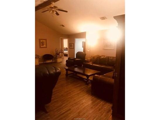 Farm House, Single Family - North Zulch, TX (photo 3)