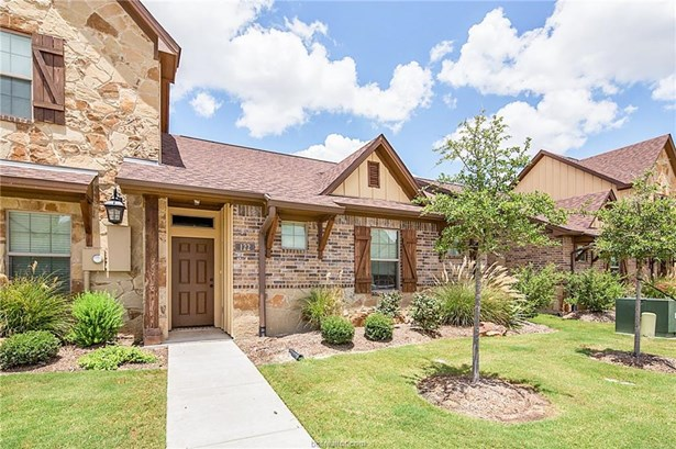 Townhome, Traditional - College Station, TX (photo 4)