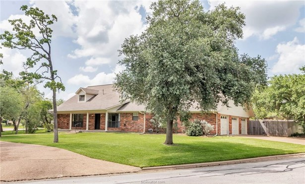 Single Family - Bryan, TX