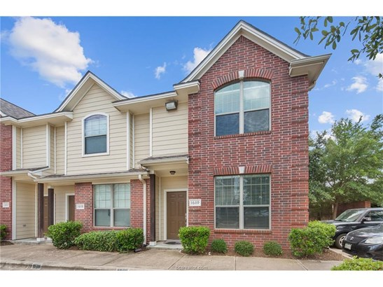Condo, Traditional - College Station, TX (photo 3)