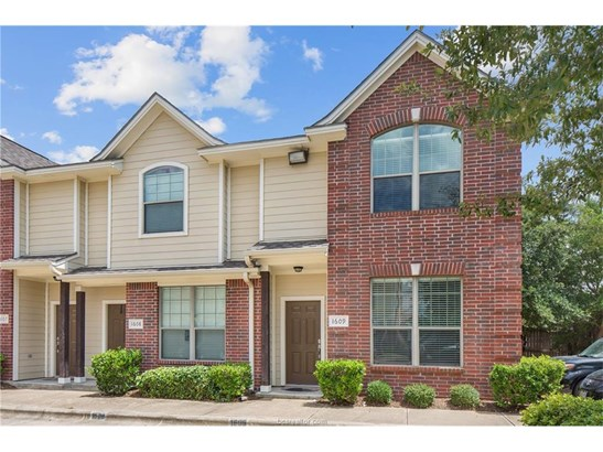 Condo, Traditional - College Station, TX (photo 4)