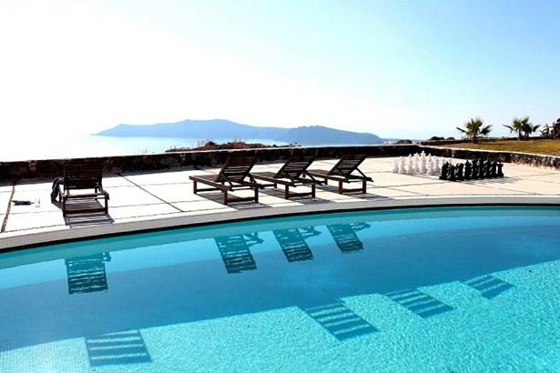 Santorini - GRC (photo 4)