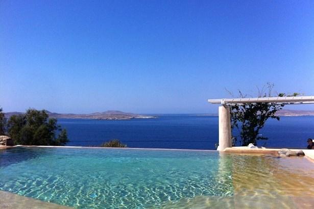 Pouli, Mykonos - GRC (photo 2)