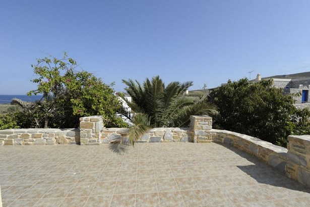 Syros - GRC (photo 4)