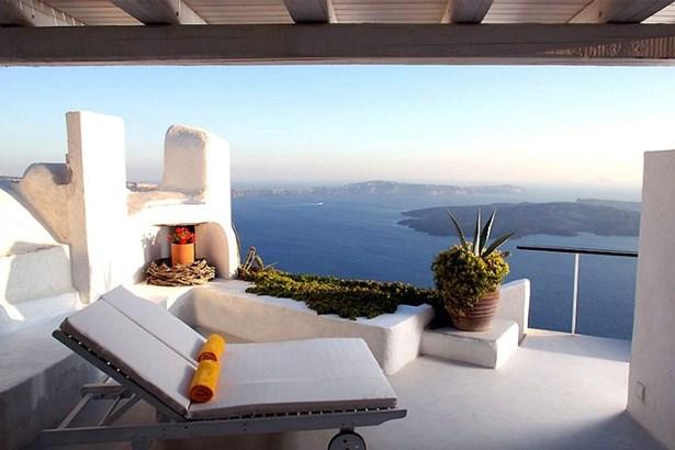 Imerovigli, Santorini - GRC (photo 1)