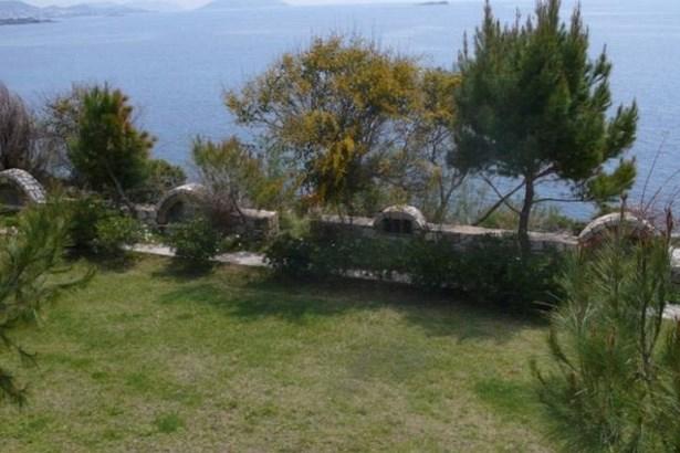 Lagonisi - GRC (photo 1)
