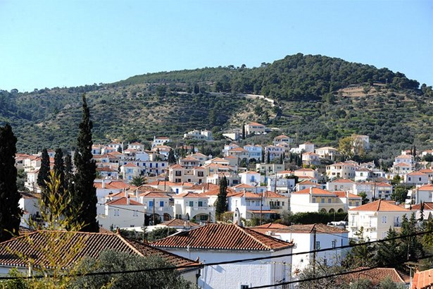 Spetses - GRC (photo 2)