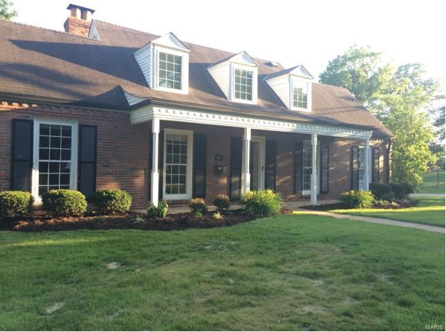Residential, Traditional - Brentwood, MO (photo 1)