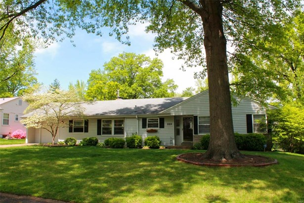 Residential, Traditional,Ranch - Kirkwood, MO