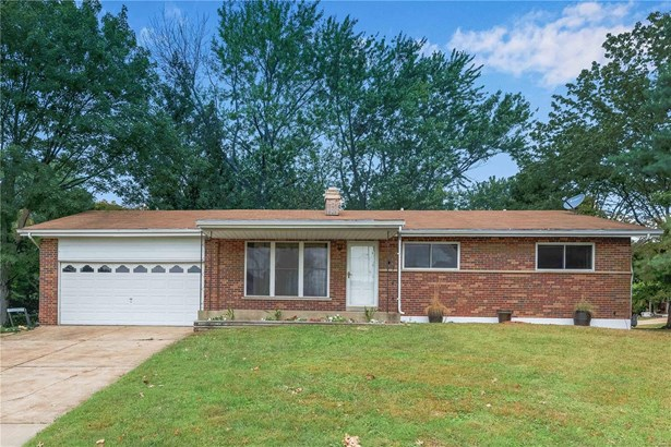 Residential, Traditional,Ranch - Fenton, MO