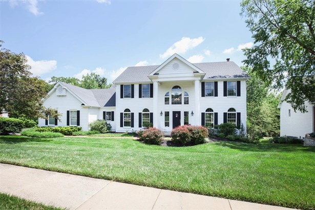 Colonial,Traditional, Residential - Wildwood, MO (photo 1)