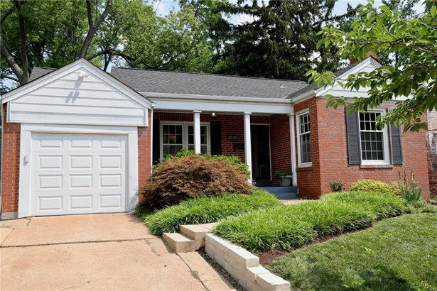 Residential, Traditional,Ranch - Brentwood, MO