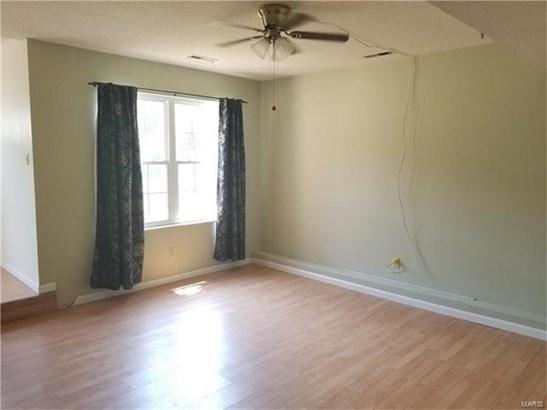 Residential, Traditional,1/2 Duplex - Fenton, MO (photo 5)