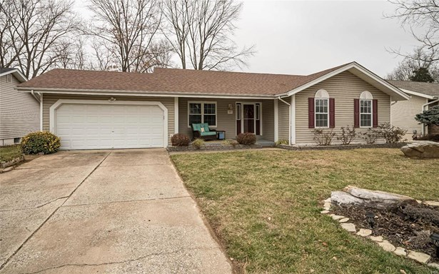 Residential, Traditional,Ranch - St Charles, MO