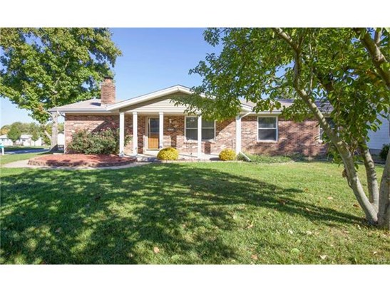 Residential, Traditional,Ranch - St Charles, MO (photo 2)