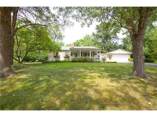 Residential, Colonial,Ranch - Ballwin, MO (photo 3)