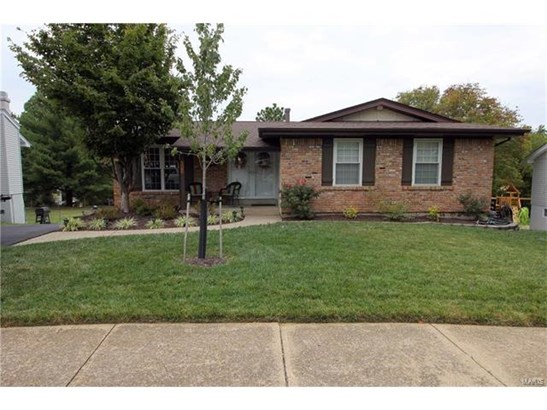 Residential, Traditional,Ranch - Ballwin, MO (photo 1)