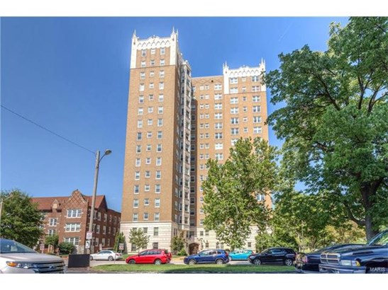Condo,Condo/Coop/Villa, Historic,Traditional - St Louis, MO (photo 2)