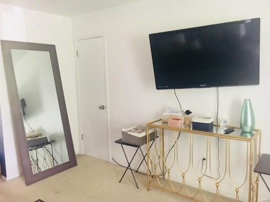 Traditional, Apartment Complex - Florissant, MO (photo 3)
