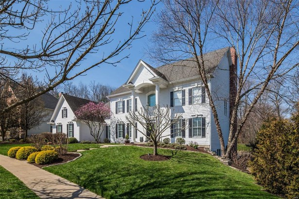Colonial,Traditional, Residential - Chesterfield, MO (photo 2)