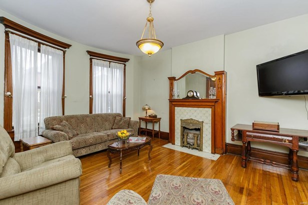 Residential, Traditional - St Louis, MO (photo 4)