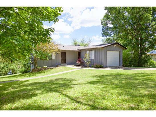Residential, Traditional,Ranch - Cedar Hill, MO (photo 1)