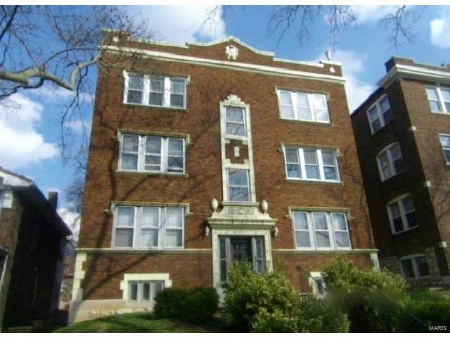 Condo,Cooperative,Villa,Condo/Coop/Villa, Traditional - St Louis, MO (photo 1)