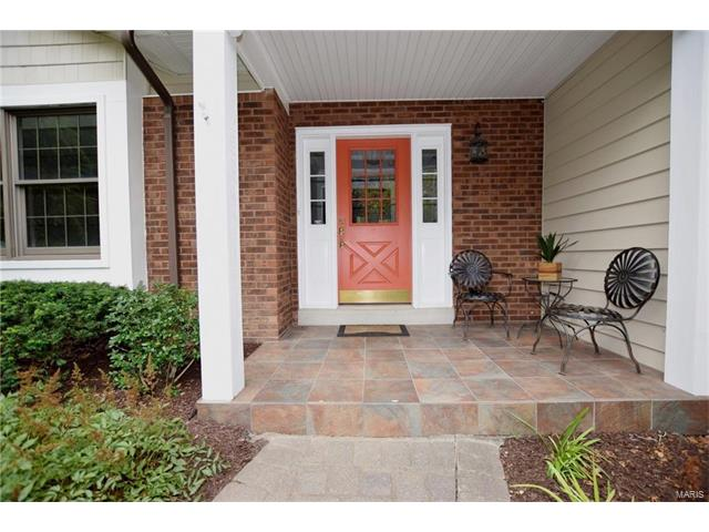 Residential, Traditional,Tri-level - Chesterfield, MO (photo 2)