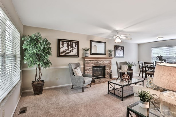 Residential, Traditional - Wildwood, MO (photo 3)
