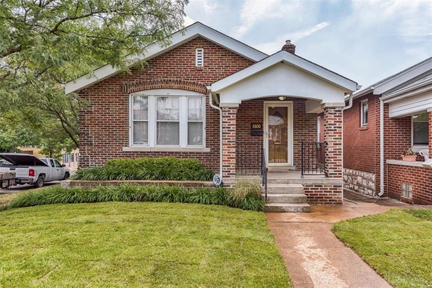Traditional,Bungalow / Cottage, Residential - St Louis, MO