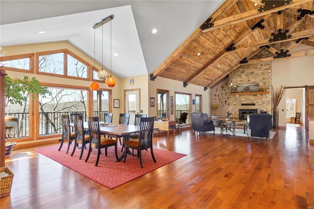Craftsman,Rustic,Raised Ranch, Residential - Defiance, MO