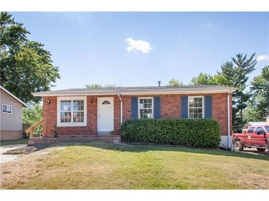 Bungalow / Cottage, Residential - Eureka, MO (photo 1)