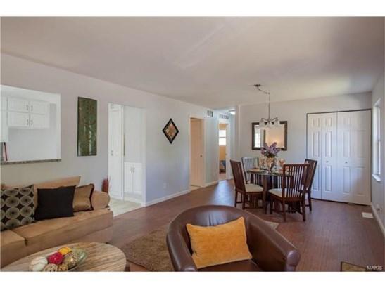 Bungalow / Cottage, Residential - Eureka, MO (photo 5)