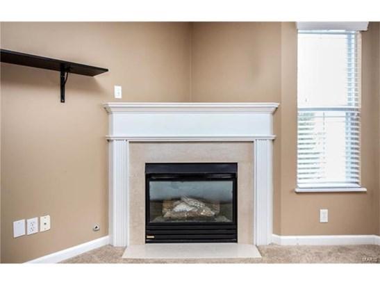 Condo,Condo/Coop/Villa, Traditional,Garden Apartment - St Peters, MO (photo 3)