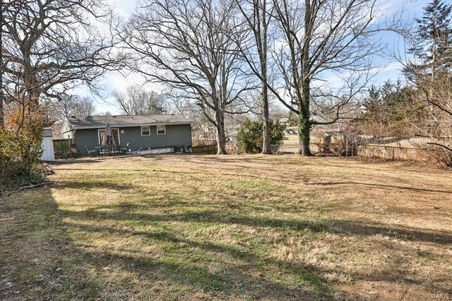 Residential, Traditional,Raised Ranch - Ballwin, MO (photo 2)