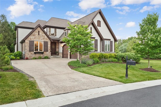 English,Manse,Traditional, Residential - St Louis, MO