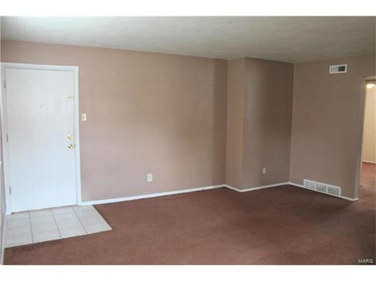 Apartment Complex,Apt Bldg/Interior En,Multi-Family 5+ - Low/1-2 (photo 4)